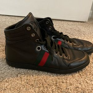 Leather Gucci sneakers